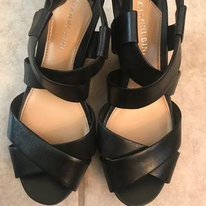 Super Cute Gianni Bini Wedges!